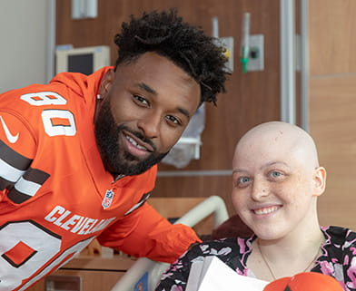 Browns player Jarvis Landry visits University Hospitals patients.