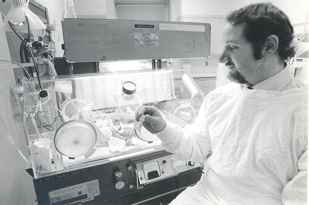 Avroy Fanaroff with CPAP Patient 1973